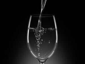 Postal: Copa con agua
