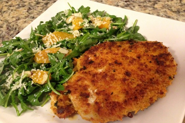 Filete de pollo con ensalada de rúcula