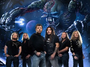 "El grupo Iron Maiden con su álbum ""The Final Frontier"""