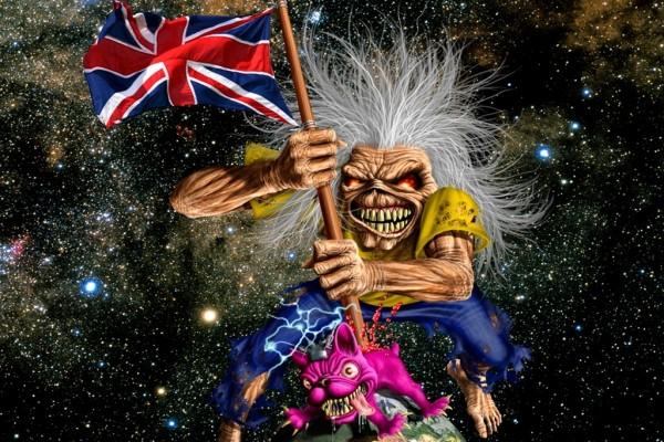 Eddie sosteniendo la bandera británica