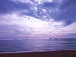 Nubes en la playa