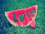 Mensaje de amor en una rodaja de sandía