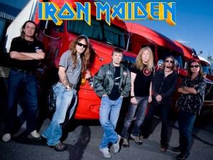 Postal: Componentes del grupo Iron Maiden