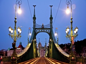 Postal: El Puente de la Libertad
