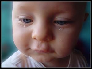 Postal: Lágrimas de un bebé