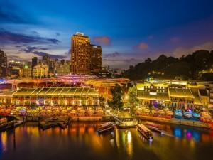Postal: Muelle en Singapur