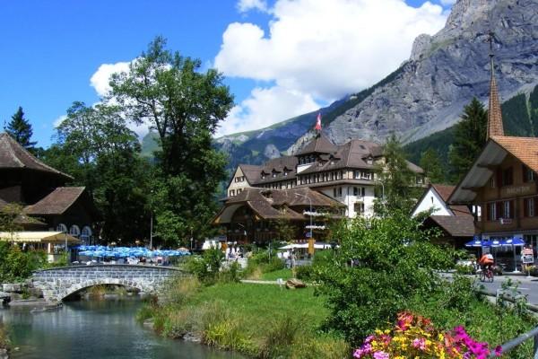 Kandersteg, un pueblo en el Oberland Bernés (Suiza)