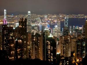 Postal: Vista nocturna de Hong Kong