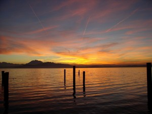 Postal: Puesta de sol sobre el Lago de Zug