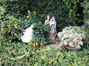 Postal: La Virgen y San José