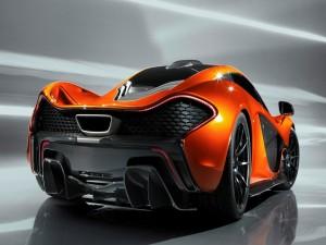 Super deportivo McLaren naranja