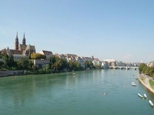 El Rin a su paso por Basilea