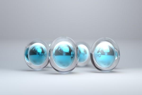 Cuatro bolas de cristal