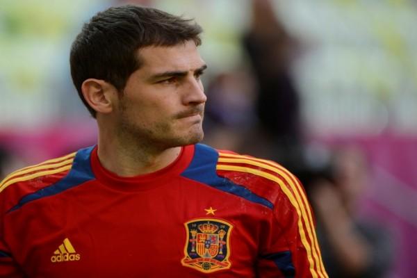 Iker Casillas con la camiseta de la selección española