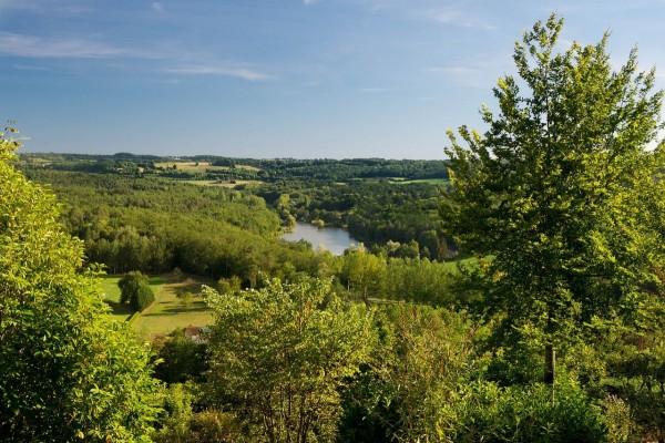 Paisaje de la Dordogne, Hautefort (Francia)