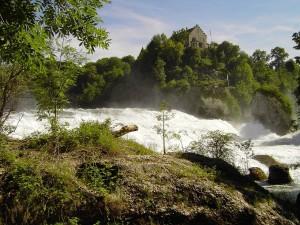 Postal: Cascada del río Rin en Schaffhausen