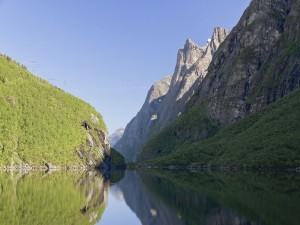 Postal: Lago Dalavatnet en Litldalen (Noruega)