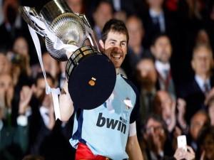 Postal: Iker Casillas muy feliz