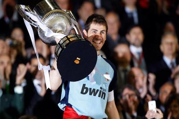 Iker Casillas muy feliz
