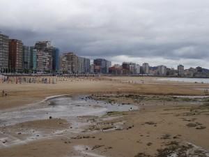 Postal: Playas de Gijón (España)