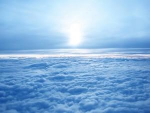 Postal: Espesa capa de nubes