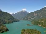 Lago Diablo en el estado de Washington, EE.UU.