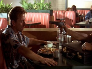"Postal: Robo en el restaurante ""Pulp Fiction"""