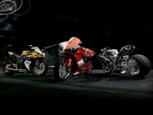 Tres motos