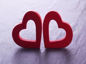 Postal: Dos corazones juntos