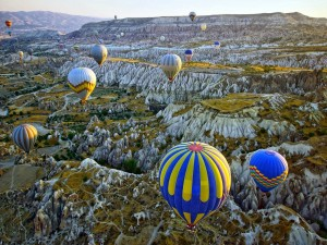 Postal: Globos aerostáticos en Cappadocia, Anatolia Central (Turquía)