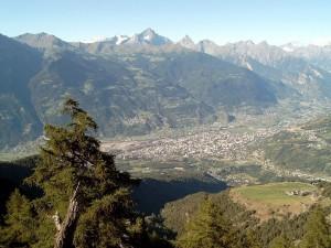 Postal: Vista del valle de Aosta (Italia)