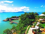 Hermosa playa tropical de aguas color turquesa