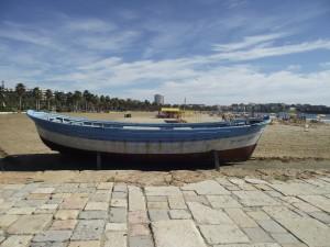 Postal: Barca en la arena