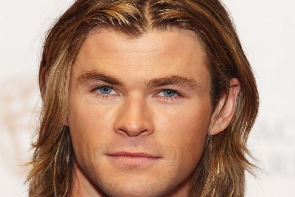 Los ojos azules de Chris Hemsworth