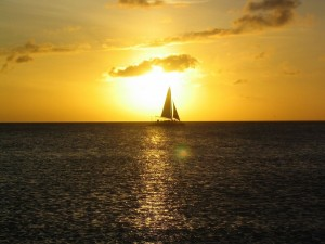 Velero en la costa oeste de Aruba