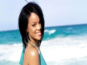Rihanna en la playa