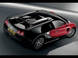 Postal: Bugatti Veyron rojo