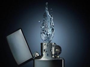 Postal: Zippo de agua