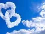 Corazones de nubes