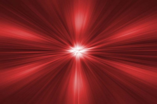 Rayos rojos concéntricos