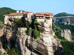 Postal: Monasterio Ortodoxo de Varlaam, en las rocas de Meteora (Kalambaka, Grecia)