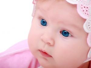 Postal: Hermosa bebé