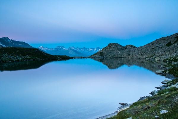 Lago Luter en los Alpes suizos