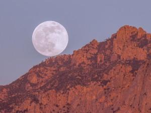 Postal: Perfecta luna llena