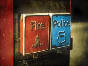 Emergencia: Fuego-Policía