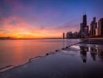 Salida del sol en el lago Michigan