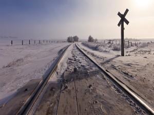 Nieve en las vías del ferrocarril