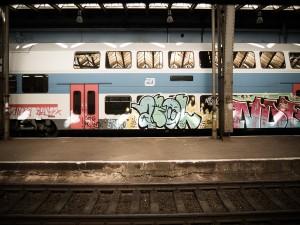 Postal: Graffiti en un vagón de tren