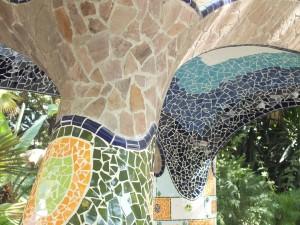 Mosaicos en unas columnas