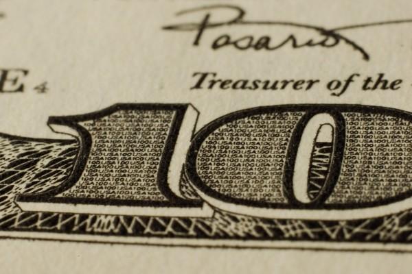 100 dólares americanos